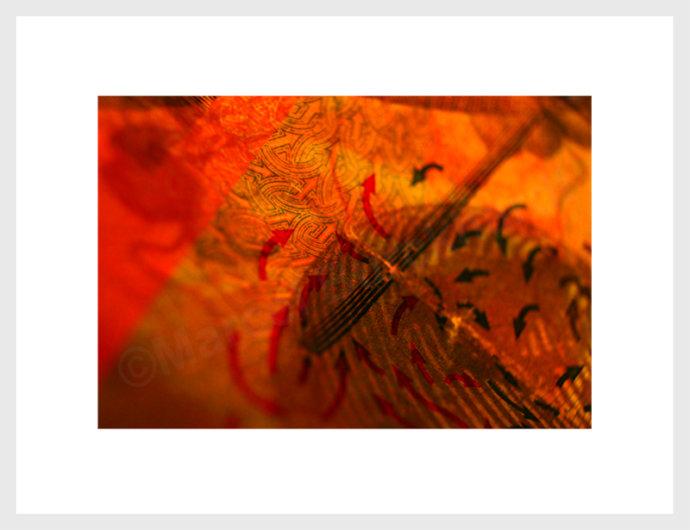 eaudesuiss banknotenprojekt rot ornament und pfeile